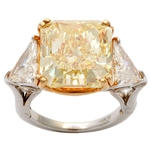 Spectacular Fancy Yellow Diamond Ring
